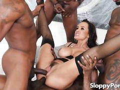 Hot Interracial queen Lisa Ann BBC Gangbang